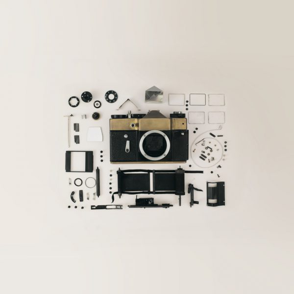 thumbnails/dslr-camera-flat-lay-821652.jpg