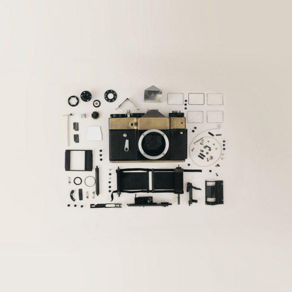 thumbnails/dslr-camera-flat-lay-821652.jpg
